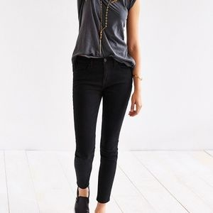 Urban Outfitters BDG Twig Mid Rise 28 W 29 L Black